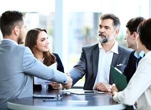 Meetings: Fegefeuer der Eitelkeiten - Karriere